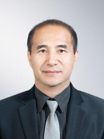 중등교육부문_신우철 교사.jpg